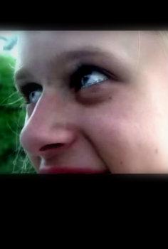 Smiling girl (4min)